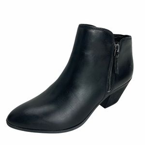 NEW FRYE Judith Black Leather Pointed Toe Boots.